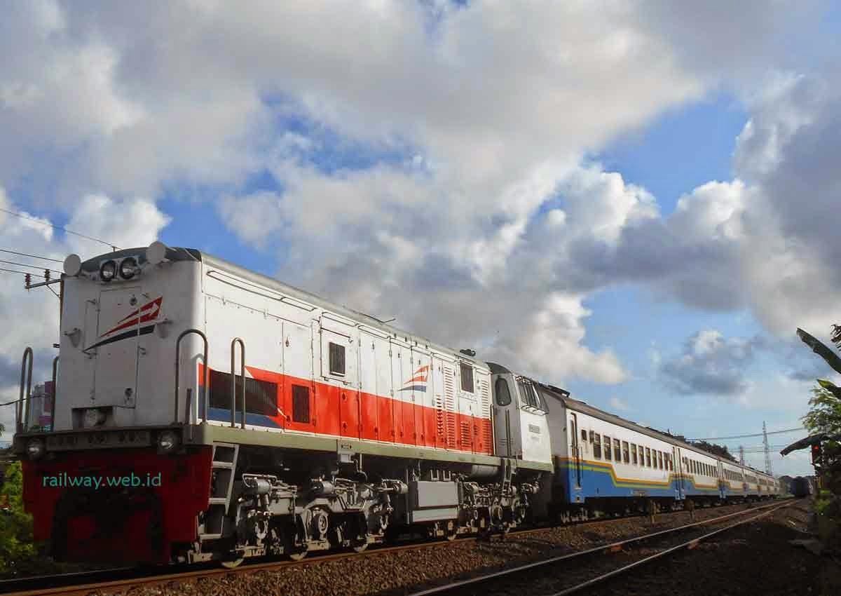 Tiket Kereta Api Fajar Utama Yogyakarta Februari