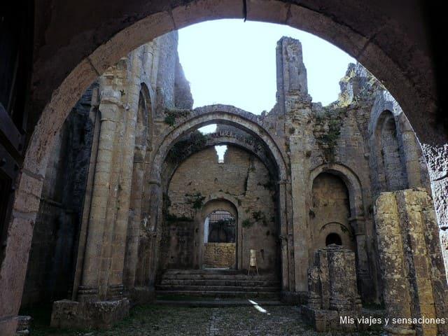 Abadia en ruinas de Marcilhac-Sur-Céle