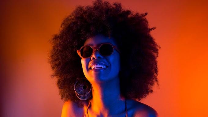 Cantora carioca Inacy faz conexão Brasil-Nigéria em EP de estreia