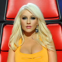 266e5ec25f12f054_Christina-Aguilera-The-
