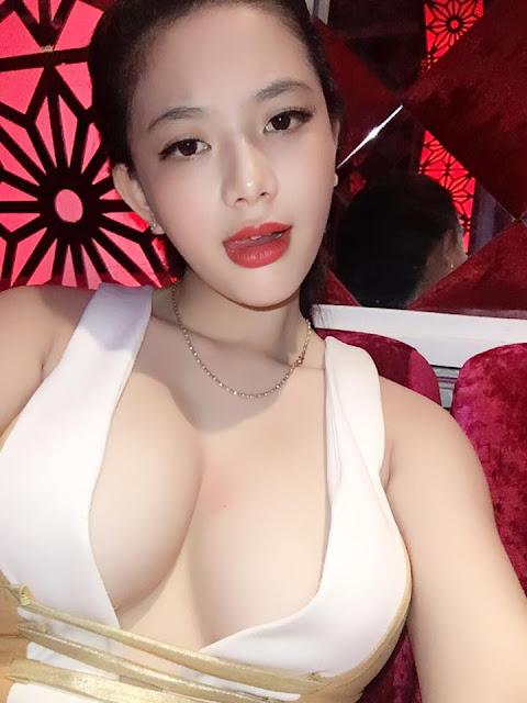 quach_tuyet_nhi_sexy