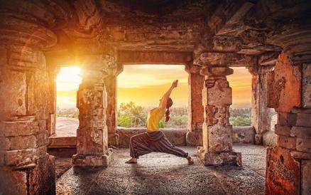 Yoga: Praktek pengembangan diri lawas dari India
