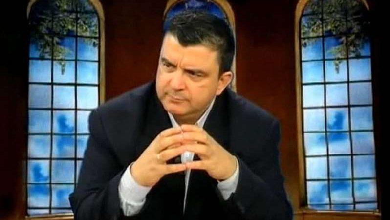 Λιακόπουλος … Η απάτη της δημοκρατίας