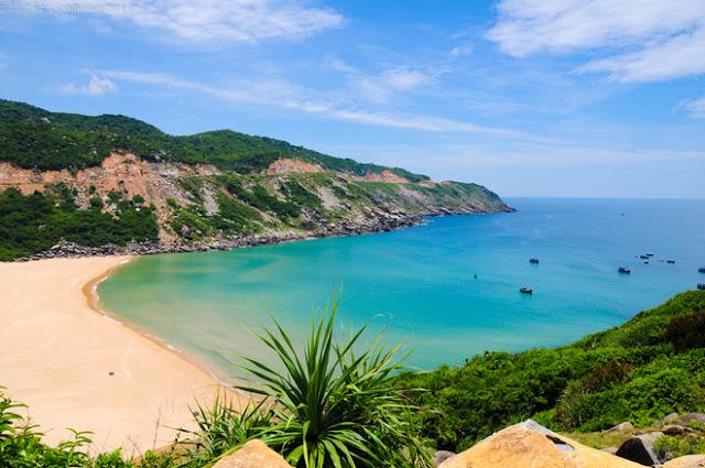 Dịch vụ cho thuê xe hợp đồng du lịch tại Phú Yên - Bãi Môn