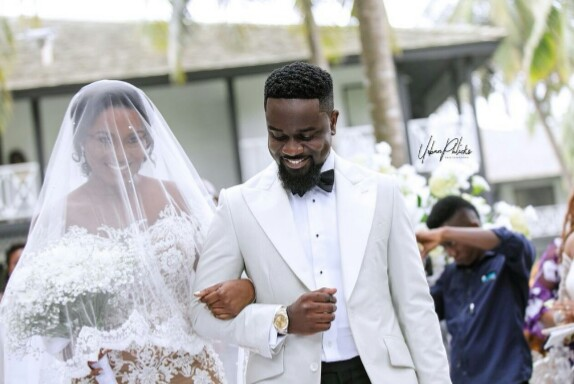 Award-Winning Musician Sarkodie & Wife's Official Wedding Pics