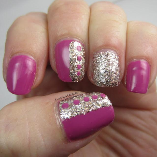 Nail-Art-Tape-Manicure