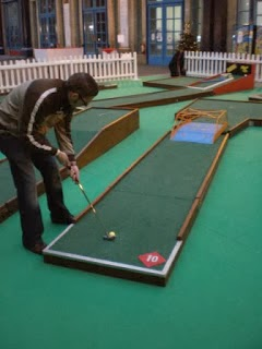 Richard Gottfried playing the Minigolf course at Alexandra Palace, London