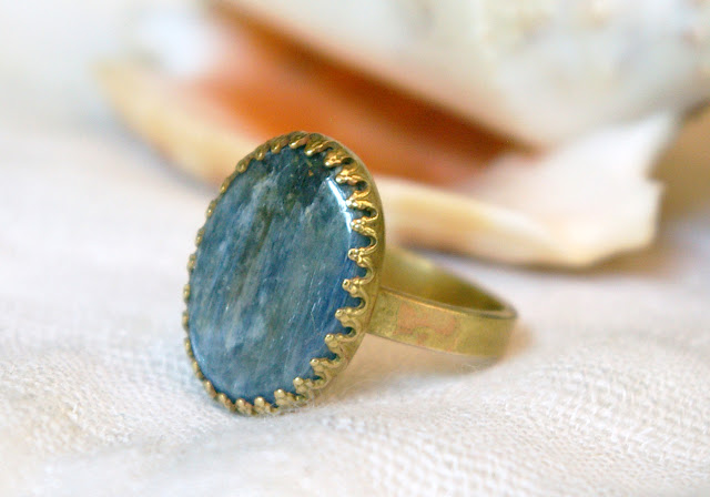 https://www.etsy.com/ca/listing/620423943/blue-kyanite-oval-brass-ring-boho-summer
