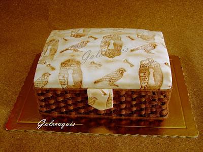 Tarta fondant y chocolate costurero de mimbre