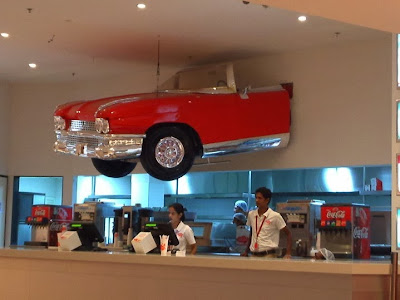 Red Bonnet American Diner - Food in Imagica