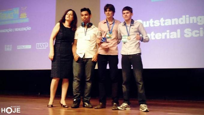 Caraúbas: Estudantes de escola estadual conquistam primeiro lugar em Feira de Ciências da USP
