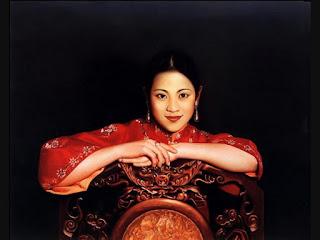 retratos-realistas-de-mujeres-con-fondos-abstractos mujeres-pinturas-oleo