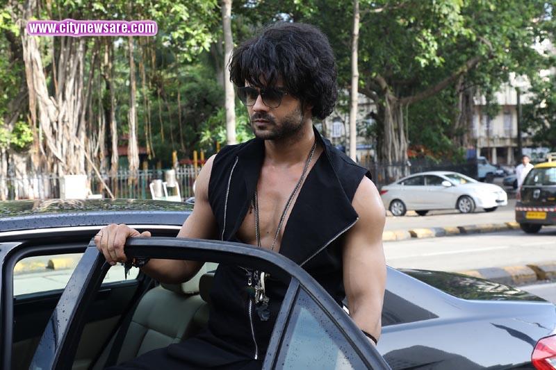 Vishal Aditya Singh as Tevar in Kullfi Kumarr Bajewala