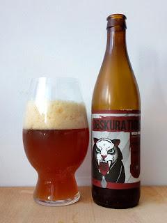 Speranto Obskura Tigro Dunkelweizen Weizen La Tienda de la cerveza dorado y en botella