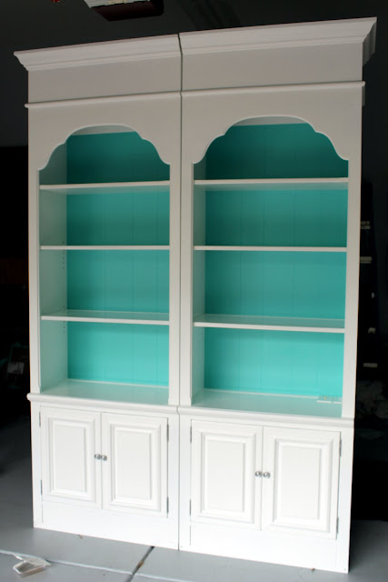 bookcases, diydesignfanatic.com, upcycle, cottage, craigslist, diyDesignFanatic.com