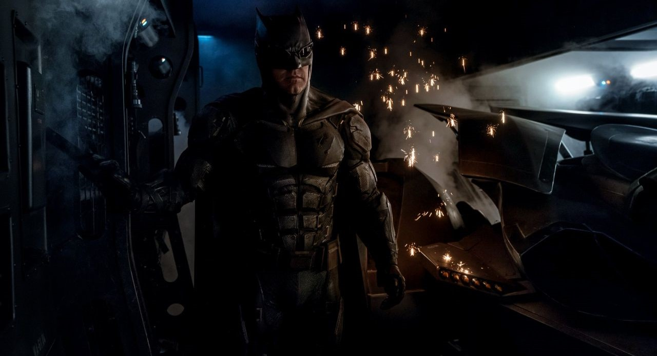 Liga da Justiça | Zack Snyder revela traje de combate tático do Batman