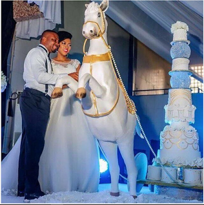 Award Winning Baker Shows Off Her Baking Skills For Her Wedding Cake, Click To See the Cakes