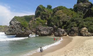 Geopark Pegunungan Sewu, Taman Dasar Laut Purba Terindah di Dunia