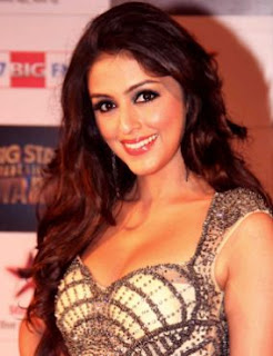 Aarti Chhabria Family Husband Parents children's Marriage Photos