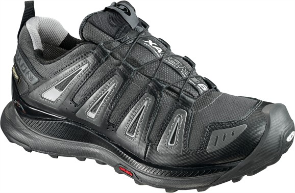acfbf79c8 Hiking Footwear Faceoff  Hiking Boots vs. Trail Runners ...
