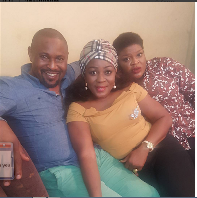 Fans Go Gaga As Two Busty Actresses Strike Sexy Poses With Actor Saheed Balogun