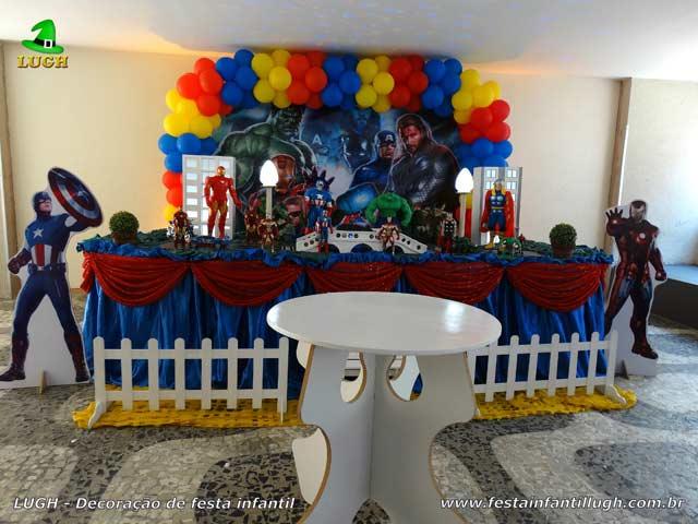Decoração de festa Vingadores - Aniversário Masculino - Tradicional luxo de tecido - Recreio - RJ