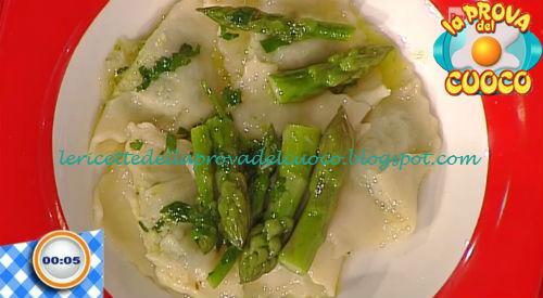 Ravioli ai gamberi e asparagi con colatura di alici ricetta Bongiovanni da Prova del Cuoco