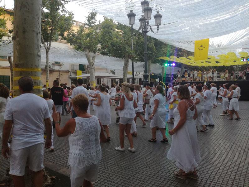 Ball en línia, festes de Santa Margalida i Sant Jaume