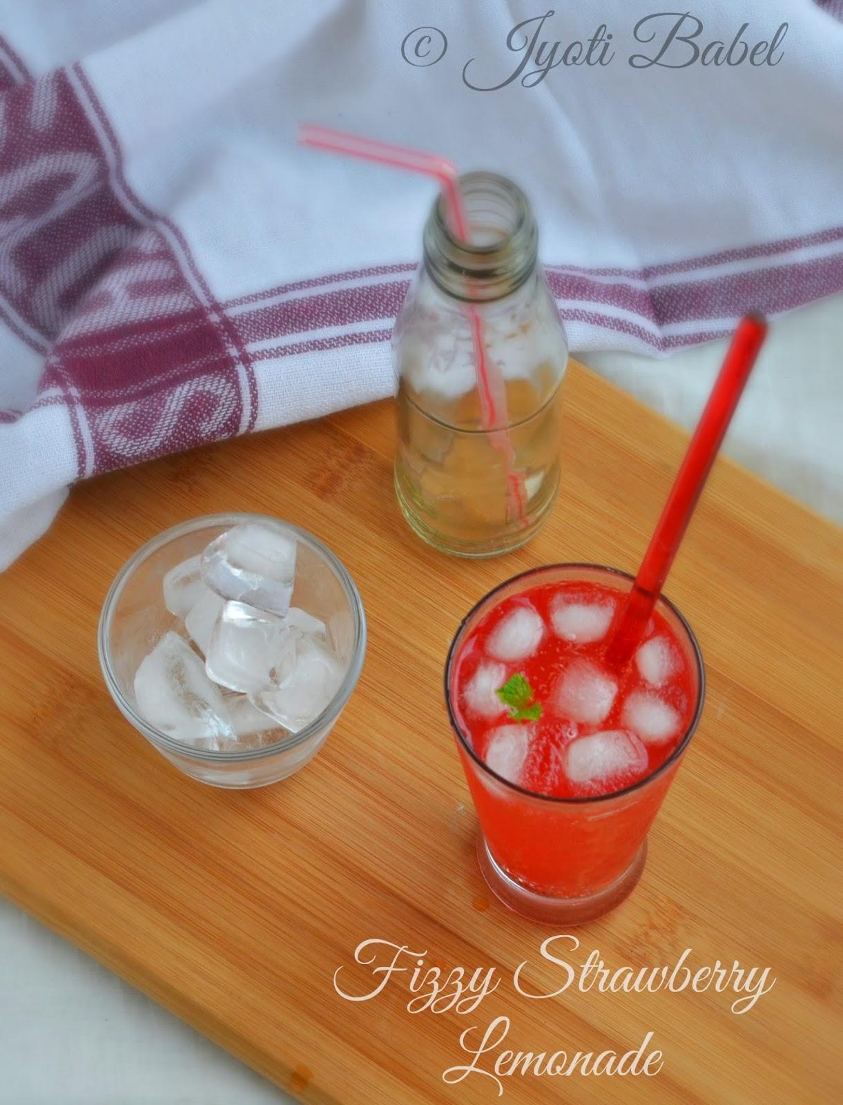 Fizzy Strawberry Lemonade Recipe | How to Make Strawberry Lemonade | Summer Drinks