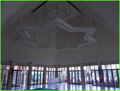 masjid palu jendela transparan