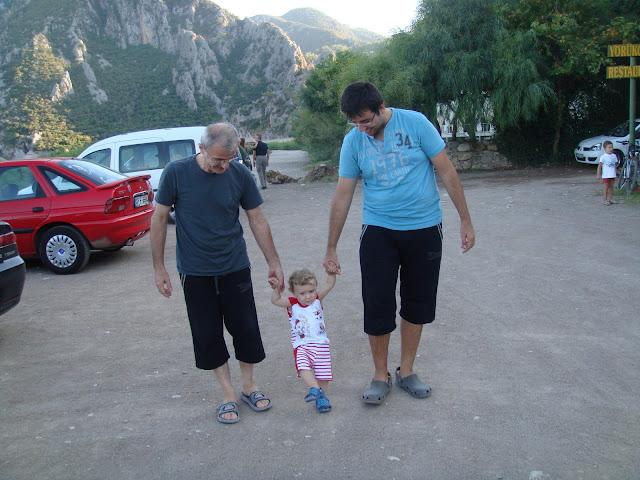 Olimpos sahilinden Çıralı'ya doğru ilk adımlarımızı atarken
