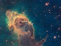 Penampakan Nebula Yang Indah di Luar Angkasa