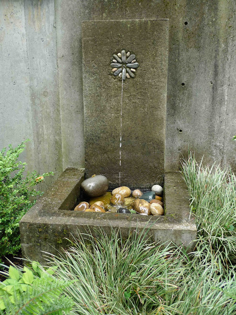 Jeffrey Bale' World Of Gardens Fountain Life