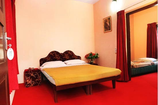 Munnar Hotels near town     Munnar budget Hotels     Munnar luxuary Hotels     Munnar cheap Hotels     Munnar Dormitory Hotels