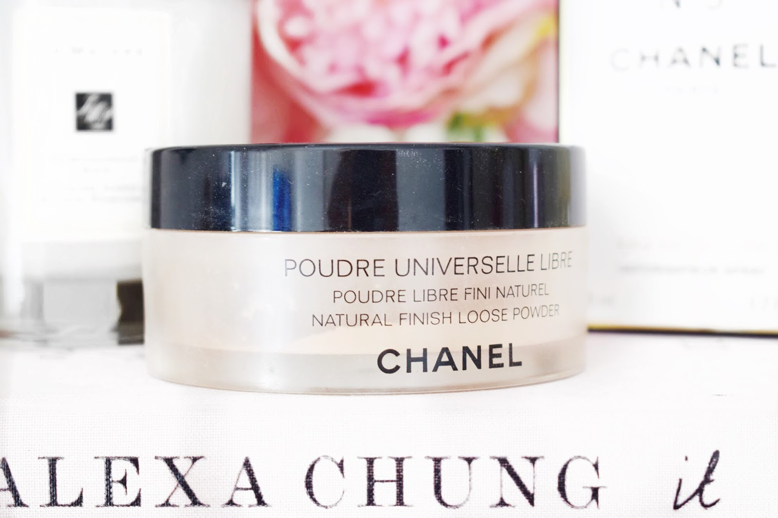 Chanel Poudre Universelle Libre Loose Powder Review