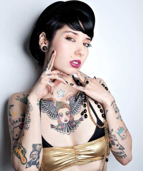 Chest Girl Tattoo: Pretty Tattoo Designs For Girls On Chest