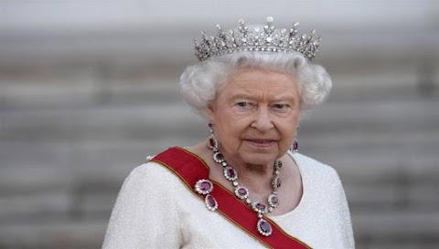 Βασίλισσα Ελισάβετ: «Επίκειται παγκόσμιος πόλεμος που θα φέρει τους Έσχατους Καιρούς»