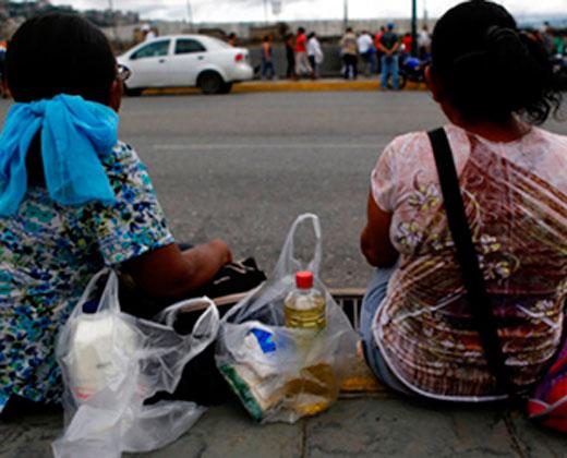 El retorno de españoles a suelo patrio por la crisis en Venezuela