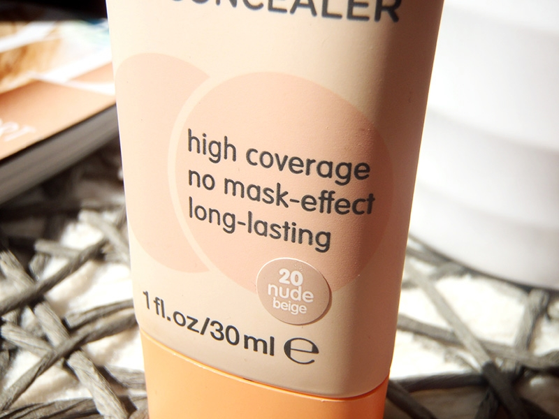 Essence Camouflage high coverage, Essence Camouflage podkład, Essence Camouflage 2in1