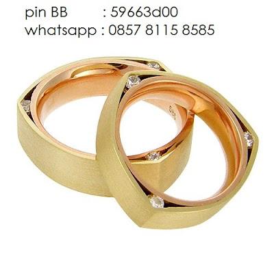 cincin kawin emas kuning