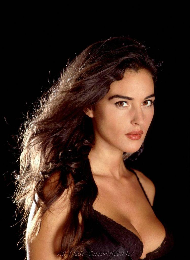 monica bellucci servello belluci rosebud2 shape assunta daeron celebrities hollywood divas