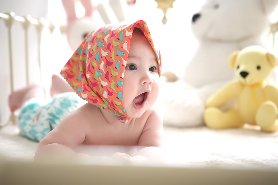 bebê com 6 meses de vida-bebê com 6 meses-O bebê de 6 meses-baby
