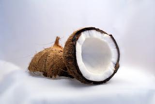 Olej kokosowy - zastosowania w kosmetyce
