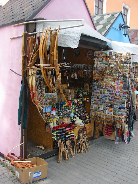 Фрагмент сувенирного рынка