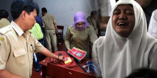 Kisah Haru : Saat Razia, Isi Tas Siswi SMA Ini Membuat Para Gurunya Menangis! Apa Isi Tas Siswi Tersebut?