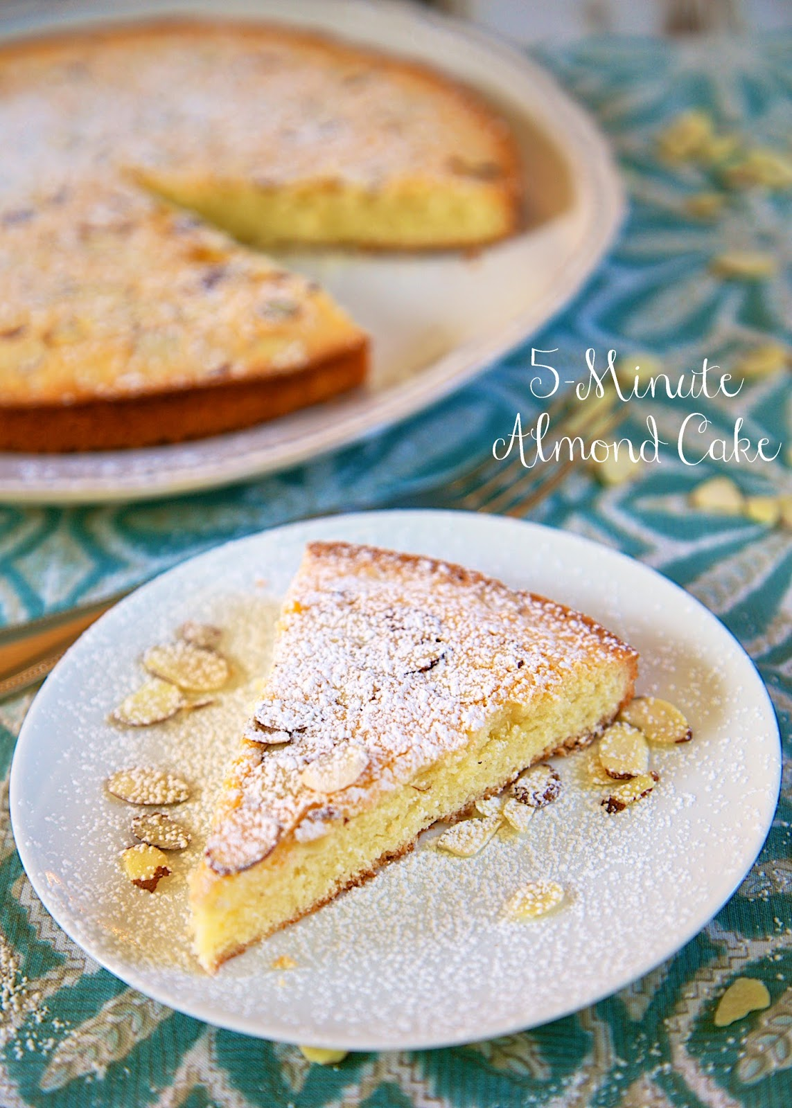 5 Minute Makeup Must Haves: 5-Minute Almond Cake