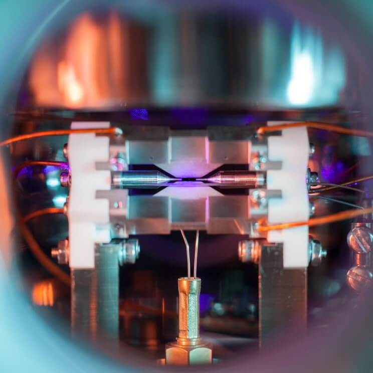 Top Science Photography Award Goes To Incredible Image of a Single Atom