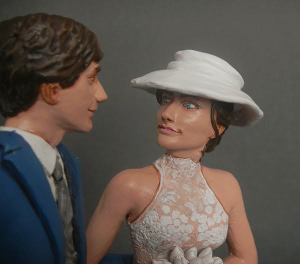 ritratti volti scultura statuette personalizzate sposa elegante orme magiche