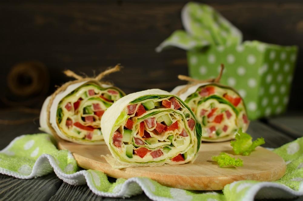 Запечений лаваш з овочами