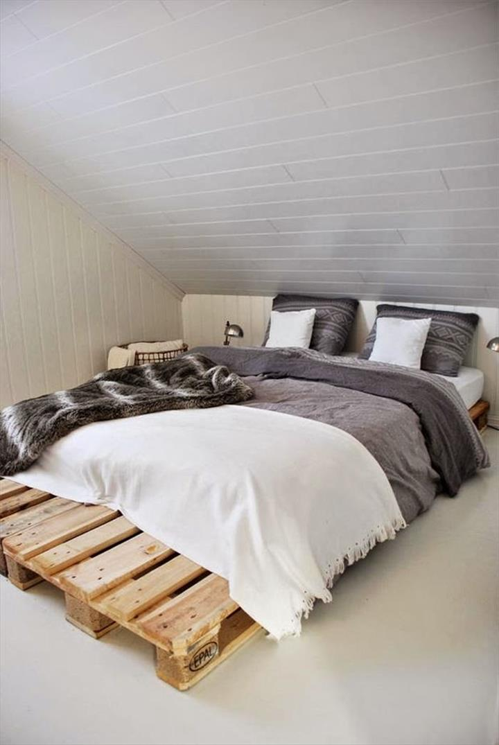 40 diy ideas easy to install pallet platform beds for Pallet furniture designs